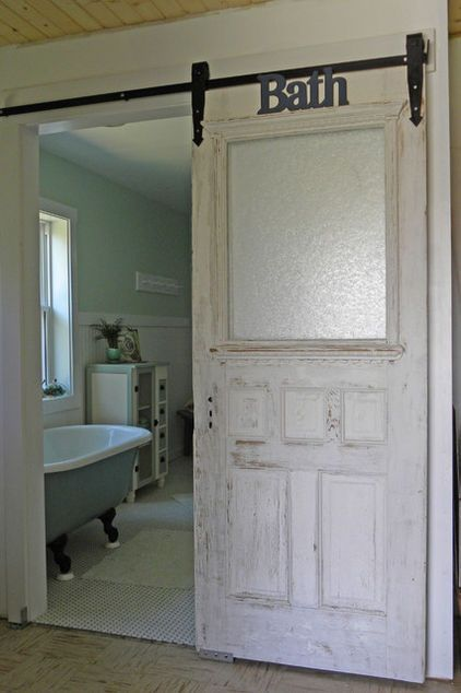 """Without the """"Bath"""" sign, do love this vinage door with frosted glass..."""
