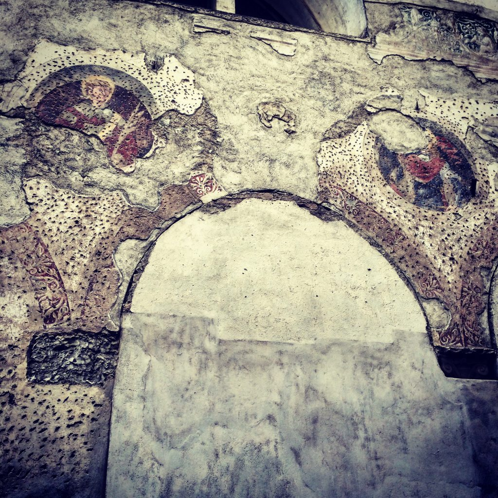 This wall is on a back street, in Citta Alta - just look at what has been revealed as the plaster & render falls off...
